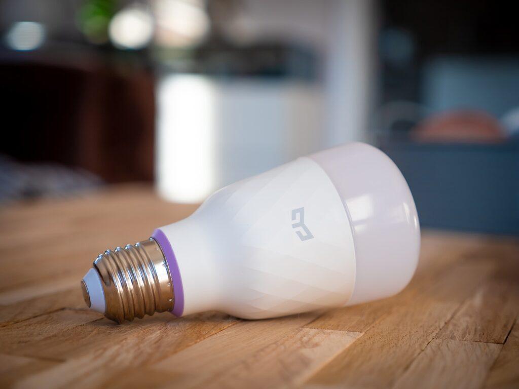 Dispositivos IoT para el uso doméstico que pueden usarse en el cuidado de ancianos